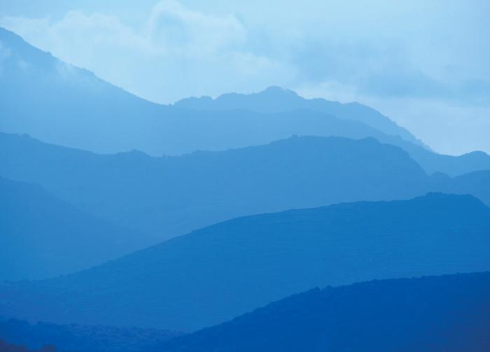 distant-mountains